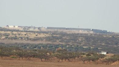 موقع عسكري باسم مورك تفككه تركيا في شمال غربي سوريا