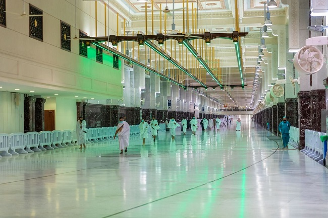 ارتفاع أعداد المعتمرين والزائرين في المرحلة الثانية من عودة العمرة في السعودية