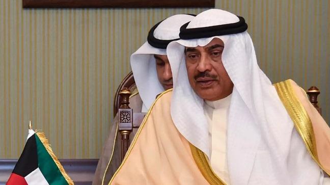 أمير الكويت يوعز بإعادة تشكيل الحكومة