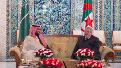 مسؤول سابق في الجزائر يعترف بتلقيه سبائك ذهب من مسؤولين في الخليج
