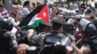 اعتقال معلمين ونقابيين في الأردن قبل اعتصامهم قرب البرلمان
