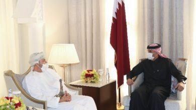 وزير عماني يصل قطر للتباحث في عدة قضايا