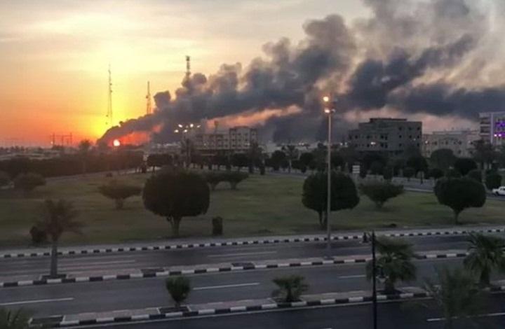 الحوثيون يستهدفون مدن سعودية بصاروخ باليستي وطائرات مسيرة