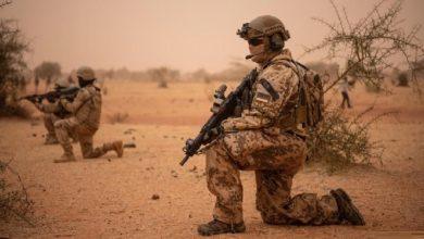 """الإمارات متهمة بدعم مرتزقة """"بلاكووتر"""""""