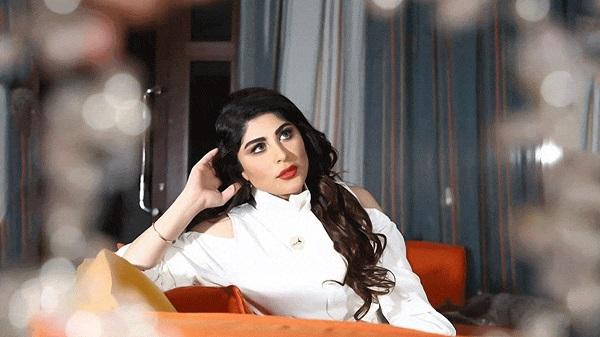 الفنانة زارا البلوشي