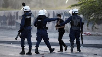 البحرين ترد على تقارير اتهمت شرطة البحرين باعتقال الأطفال