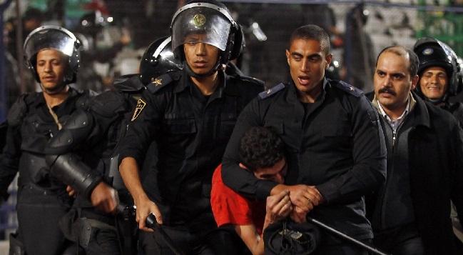 دول غربية دعت مصر الجمعة إلى إنهاء محاكمة الصحفيين والحقوقيين والمعارضين السياسيين