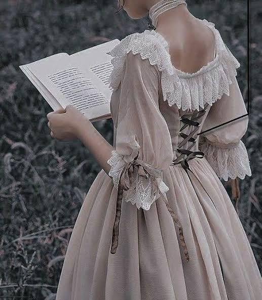 الفساتين القوام الكيرفى