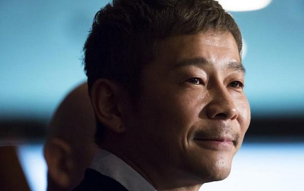 ملياردير ياباني