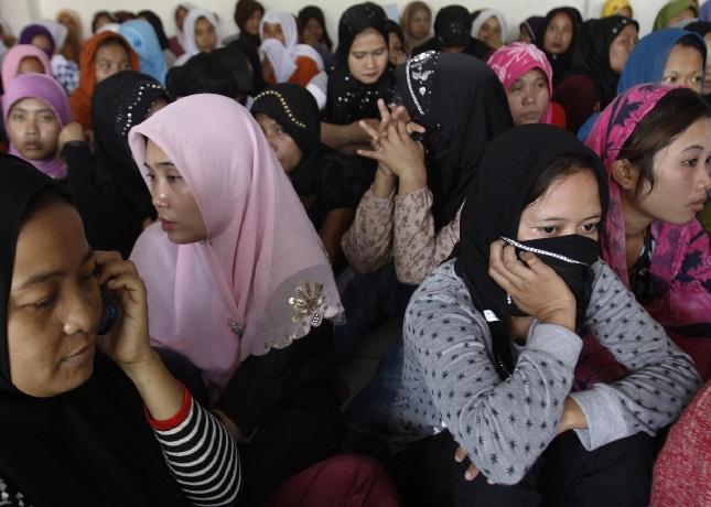 السعودية تحتجز عشرات من العاملات السريلانكيات منذ أشهر بحجة الكفالة