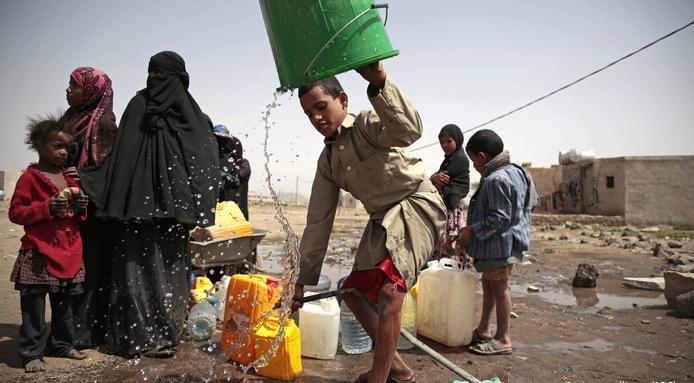 70 نائبًا بالكونغرس يطالبون بايدن بإنهاء حصار اليمن