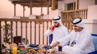 مطاعم دبي تتجاهل مشاعر المسلمين