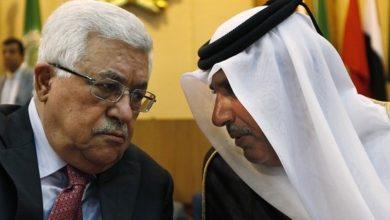 حمد بن جاسم يدعو الرئيس الفلسطيني لتسليم السلطة سلميًا