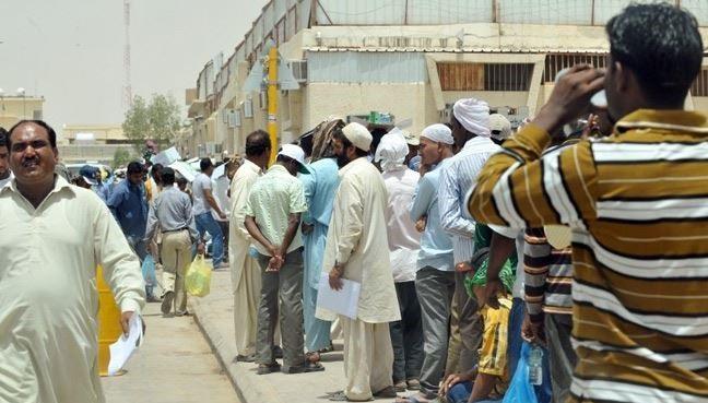 تقرير يرصد حجم التمييز العنصري ضد العمال في الإمارات