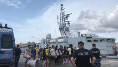 2000 من طالبي اللجوء يصلون شواطئ إيطاليا