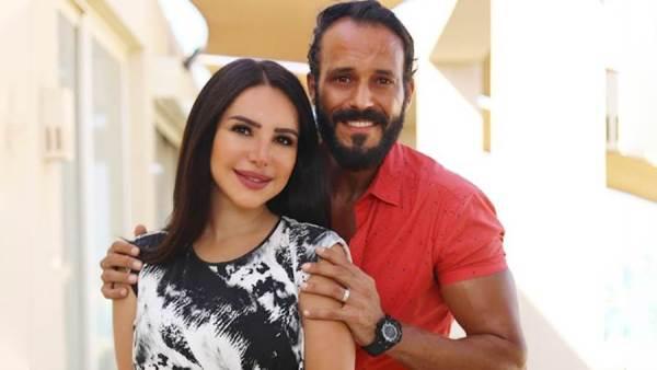 يوسف الشريف و زوجته
