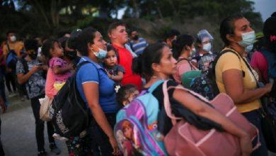 جماعات حقوقية تدعو لوضع حماية المهاجرين في صميم السياسة الأمريكية