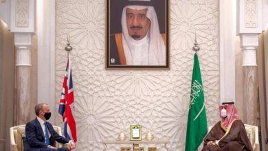 محمد بن سلمان والخارجية البريطانية يبحثان الشأن الإيراني