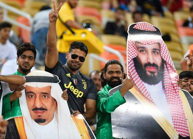 عقبات سياسية تعيق السعودية لاستضافة كأس العالم 2030