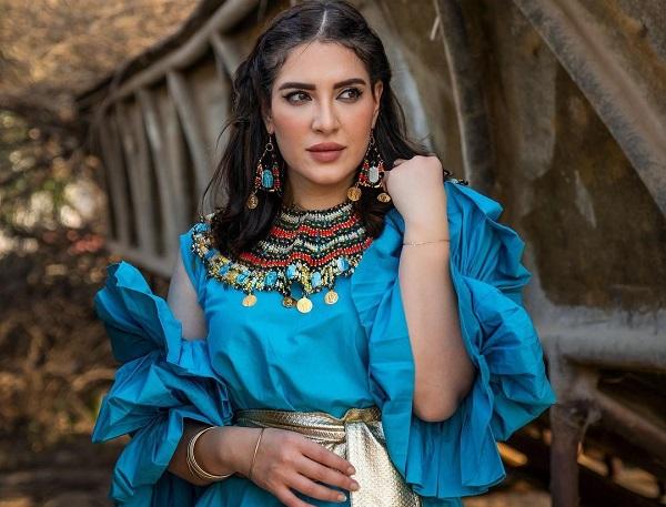 الفنانة هبة الدري