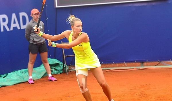 لاعبة التنس الروسية يانا سيزيكوفا