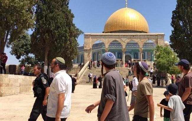 اقتحامات المستوطنين في المسجد الأقصى