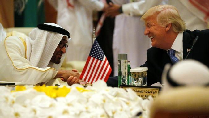 حليف ترامب متهم بإصدار سندات بـ250 مليون دولار للضغط لصالح الإمارات