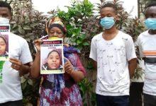 """عاملة إفريقية في السعودية تروي """"حياة الجحيم"""" بعد عودتها"""